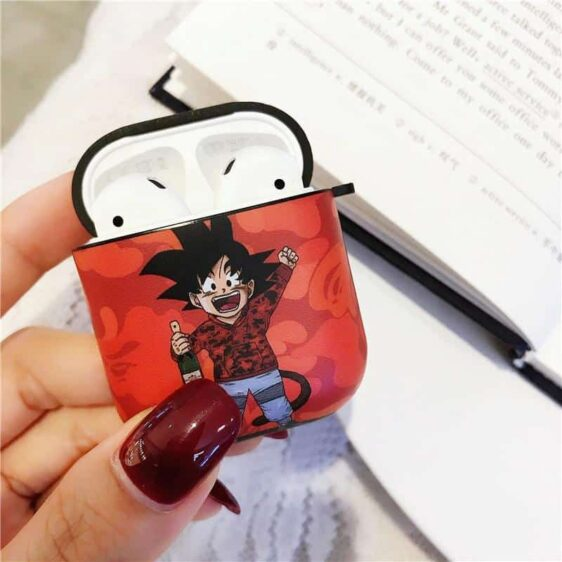 Cute Kid Goku Holding A Wine Red AirPods / AirPods Pro Cases