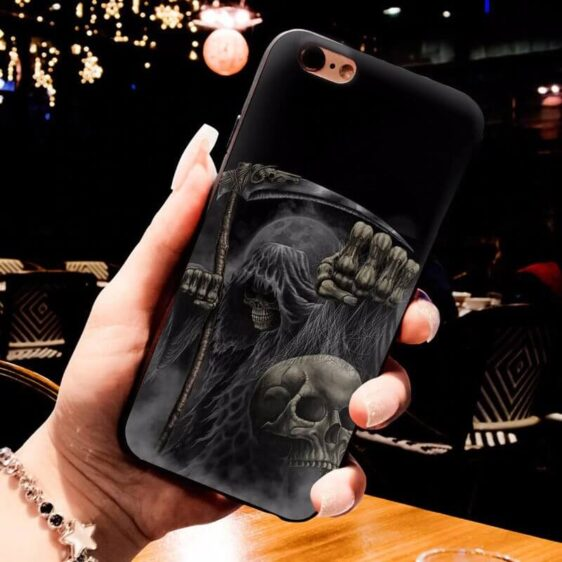 Grim Reaper The Soul Collector Holding Skull Dope iPhone 12 Case