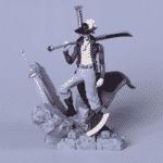 Dracule Mihawk One Piece Cool Battle Diorama Toy Figurine