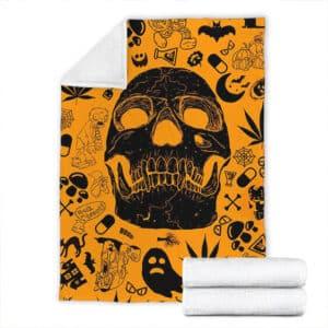 Skull & Marijuana Doodle Pattern Epic 420 Weed Throw Blanket